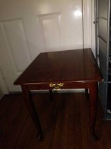 Mahogany Vintage Rectangular End Table Occasional Lamp Accent Table in Roseville, California