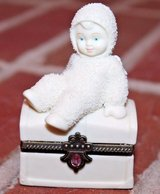 "Dept 56 Snowbabies ""Royal Treasure"" Angel Hinged Box, Porcelain Bisque, 2000 in Lockport, Illinois"