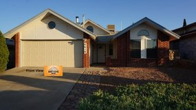 Fantastic 3 Bedroom Home w/ Lots of Room!! in Fort Bliss, Texas