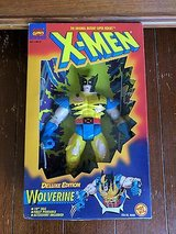 marvel comics x-men wolverine figurine collectible in Glendale Heights, Illinois