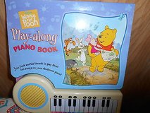 WINNIE THE POOH Play-along Piano Book w/ Keyboard!      12 songs  Battery (AA) included!  It wor... in Houston, Texas