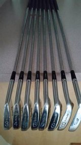 REGRIPPED DUNLOP GOLF CLUBS  RIGHT HAND IRON SET in Algonquin, Illinois