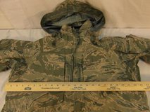 nwot air force tiger stripe med short all purpose environmental camouflage parka  00535 in Fort Carson, Colorado