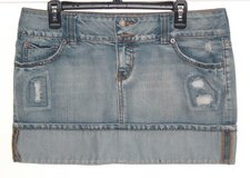 So Cuffed Distressed Flap Pocket Denim Jean Skirt Womens 13 Juniors in Morris, Illinois