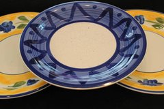 Dishes plates bowls in Pearland, Texas