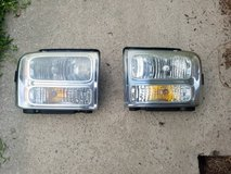2005 Ford F250 Super Duty Headlights in Cherry Point, North Carolina