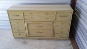 8 Drawer and 4 Drawer Vintage Dressers by Stylemaker in Joliet, Illinois