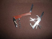 2 Multi Functional Pocket Knives - Very old in Bellaire, Texas