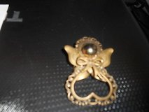 Vtg TIDINGS of LOVE  Brass Angel Pin in Bellaire, Texas