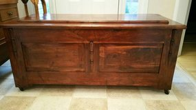 Antique Cedar Chest (OVERSIZED) in Macon, Georgia