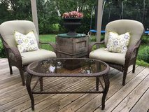 ** ALL - WEATHER WICKER SEATING GROUP **  NICE !! in Bolingbrook, Illinois
