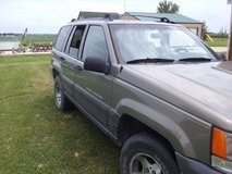 1998 jeep grand cherokee in DeKalb, Illinois