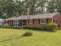 Close to Ft. Belvoir!! 4 bed, 1.5 bath house in Bolling AFB, DC