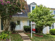 Price Reduced!! 3 beds, 2.5 baths in Bolling AFB, DC