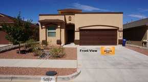 Beautiful Update 3 Bedroom w/ Refrigerated AC in Fort Bliss, Texas