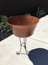 Outdoor Ice Bucket with Stand in Fairfield, California