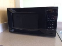 GE COUNTERTOP BLACK FINISH 1.1 CU.FT. MICROWAVE OVEN in Glendale Heights, Illinois