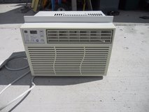 ge window air conditioner ael06lqw1 6400 btu 115 volts 5.6 amperes  60379 in Huntington Beach, California