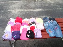 32 Pieces GIRLS 6 6X Toddler Pants Shirts & More Clean 1 Price for ALL in Brookfield, Wisconsin