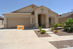 Beautiful 4 Bedroom Home on the Eastside! in Fort Bliss, Texas