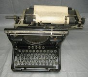 ANTIQUE 1931 UNDERWOOD TYPEWRITER #11 in Shorewood, Illinois