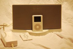 white backlight ipod classic / bose sounddock digital stereo system 5000+ songs   00003 in Huntington Beach, California