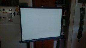Da-Lite Flyer 30 x 40 Projection Screen in Fairfield, California