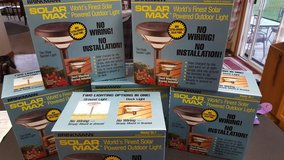 lor of 6 brinkmann sl-1 solar powered garden light - nib- never opened in Naperville, Illinois