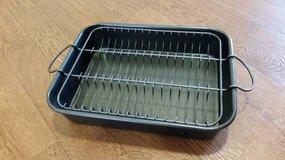 NEW! 10x13 Baking Pan with Rack in Tacoma, Washington