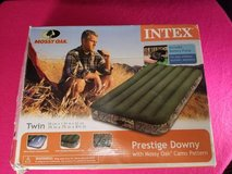 Mossy Oak Twin Camo Air Bed Camping Inflatable Mattress by Intex | in Fort Campbell, Kentucky
