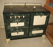 BEAUTIFUL & ANTIQUE OXFORD UNIVERSAL PORCELAIN GAS STOVE / OVEN in Shorewood, Illinois
