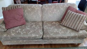 Toms-Price - LT Designs Couch - Beige w/ Flora Motif in Sugar Grove, Illinois