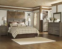 RUSTIC BEDROOM SET in Schofield Barracks, Hawaii