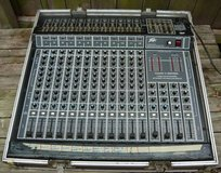 Peavey Mark III 12-Channel Stereo Mixing Console in Schaumburg, Illinois