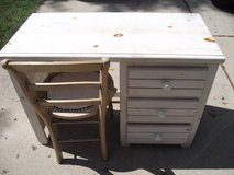 PICKET FENCE STUDENTS DESK AND CHAIR in Tinley Park, Illinois