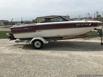 17' CHAPARRAL OPEN BOW RUNABOUT in Lockport, Illinois