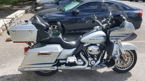 Harley Davidson Road Glide Ultra in Lackland AFB, Texas