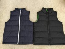 Youth Vest size medium in Travis AFB, California