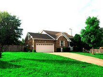 RENT TO OWN! HUGE 4 BD/2.5BA W/ PRIVACY FENCE W/  UPGRADED FLOORING! in Fort Campbell, Kentucky