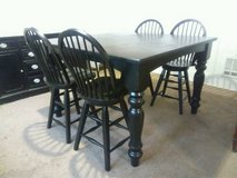 5 Piece Counter Height Dining Set w/Swivel Chairs & Leaf in Oak Harbor, WA