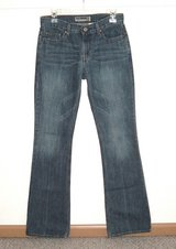 Old Navy Low Rise Boot Cut Denim Jeans Womens 4 x 33 Long 4T Tall in Plainfield, Illinois