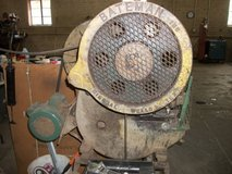 Auction for 12 ton shears newer 1.5 year old motor in Lawton, Oklahoma