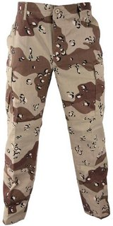 desert storm military chocolate chip camo small long combat uniform pants  01327 in Fort Carson, Colorado