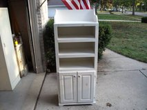 100% ALL WOOD CABINET AND SHELVES in Tinley Park, Illinois