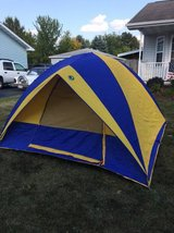 3-4 person dome tent in Plainfield, Illinois