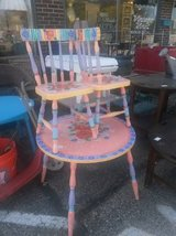 Pretty kids table chair set in Elgin, Illinois