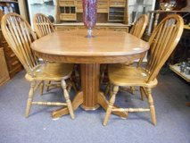 Wonderful Oak Dining Set in Elgin, Illinois