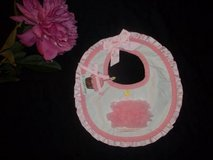 NWT Mud Pie Baby Girls First Birthday Chiffon Cupcake Bib in Silverdale, Washington