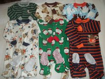 Boys Carter's 2T Fleece Footed Sleeper Pajamas Lot in Silverdale, Washington