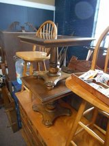 Pedestal End Table (s) in Naperville, Illinois